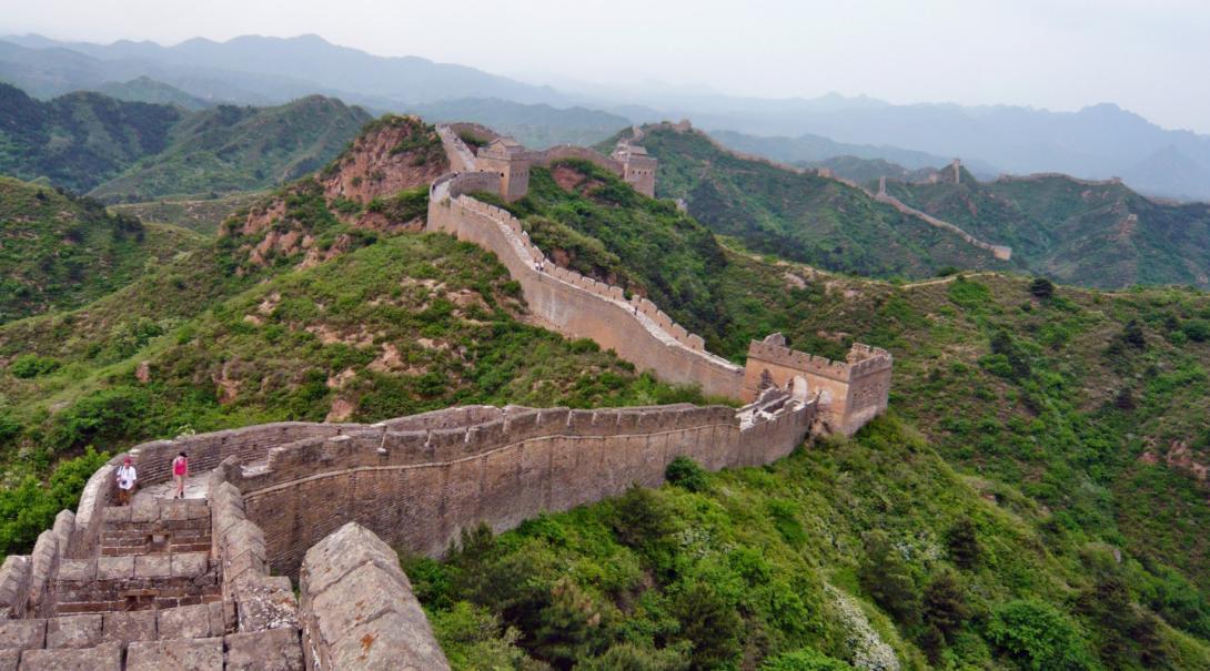 Vacker utsikt från Kinesiska muren som är en populär sevärdhet för våra Projects Abroad volontärer i Kina